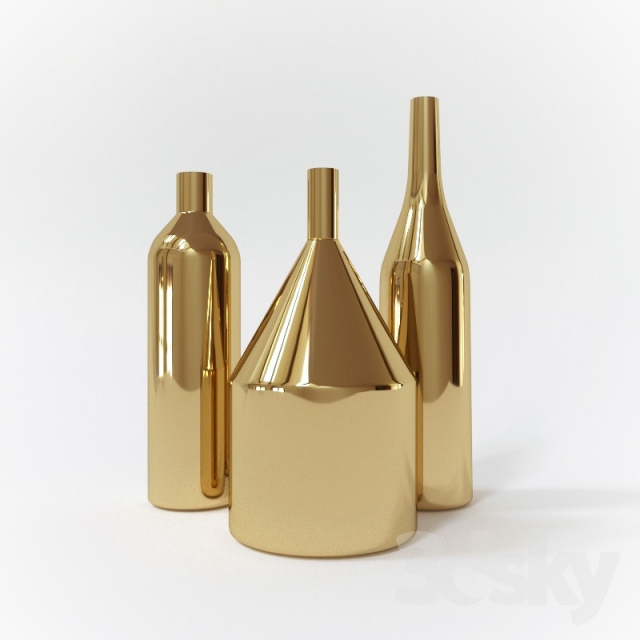 brass vases Via Fondazza