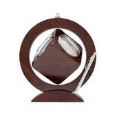 Часы нвстольные сувенирные