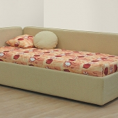 bed Lucas