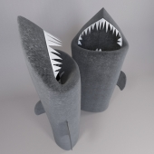 Shark: toothy laundry basket in the bathroom
