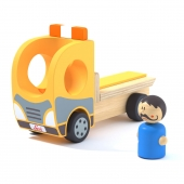 Toy Wood tow truck and character Camion et personnage en bois