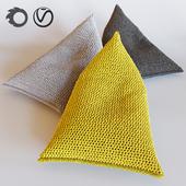 NEST knitted bean bag