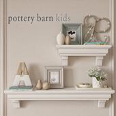 полки Pottery barn с декором