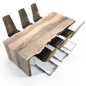 Стол из деревянного массива