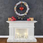 Декоративный камин с венком с сердцем