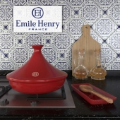 Tazhin ceramic Emile Henry, bottles with vinegar and oil, a spoon with stand