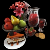 Набор посуды с десертом