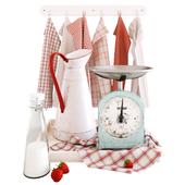Decorative set with strawberry