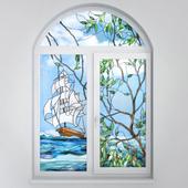 Арочное окно с витражом