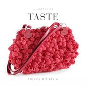 Design Clutch The Matter of Taste raspberry