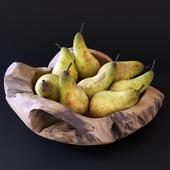 Декоративное блюдо с грушами