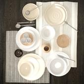 Set of ceramic dishes