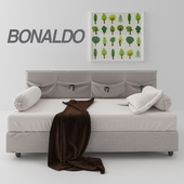 Bonaldo Pongo bed with pillows