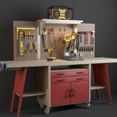 Workbench with tools DeWalt.