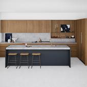Marble & wood kitchen