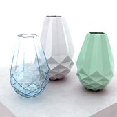vases of Urbanara Loreto and Katsura