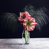 Цветы в вазе 13