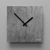 Cast clock