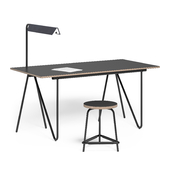 T22 Writing desk