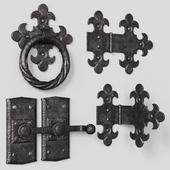 Кованые дверные элементы