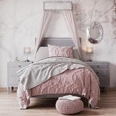 Кровать MARCELLE UPHOLSTERED BED от Restoration Hardware Baby & Child