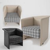 Minotti Case Armchair