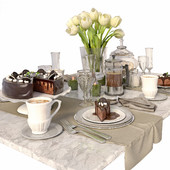 Table setting with tulips