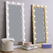 Декоративный набор и напольное гримерное зеркало