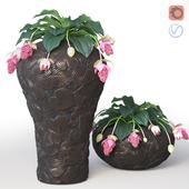 Бронзовые напольные вазы