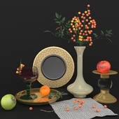 Decoration set with rowanberries