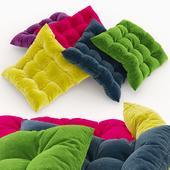Set of Decorative Pillows
