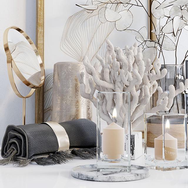 Decorative set with Lunaria