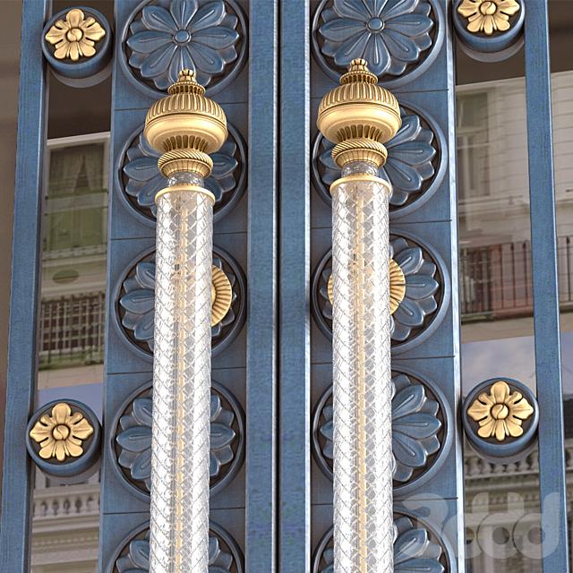 Входные классические двери.Entrance classic door