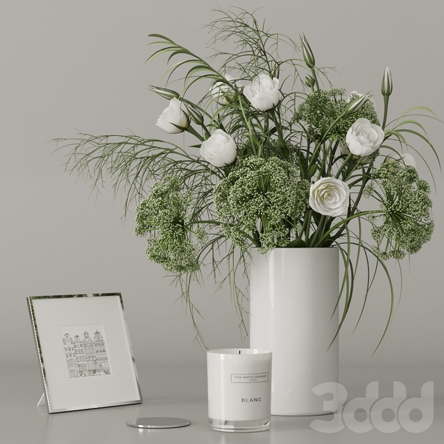 Decorative set with a green bouquet
